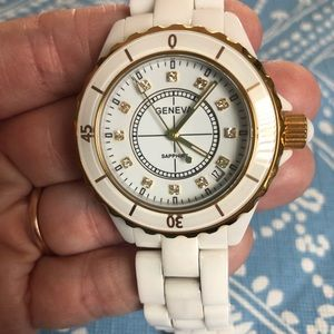 Ladies Ceramic Watch NWOT